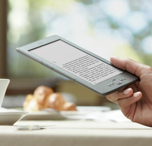 kindle-classique Les liseuses électroniques : toute une bibliothèque dans votre poche !