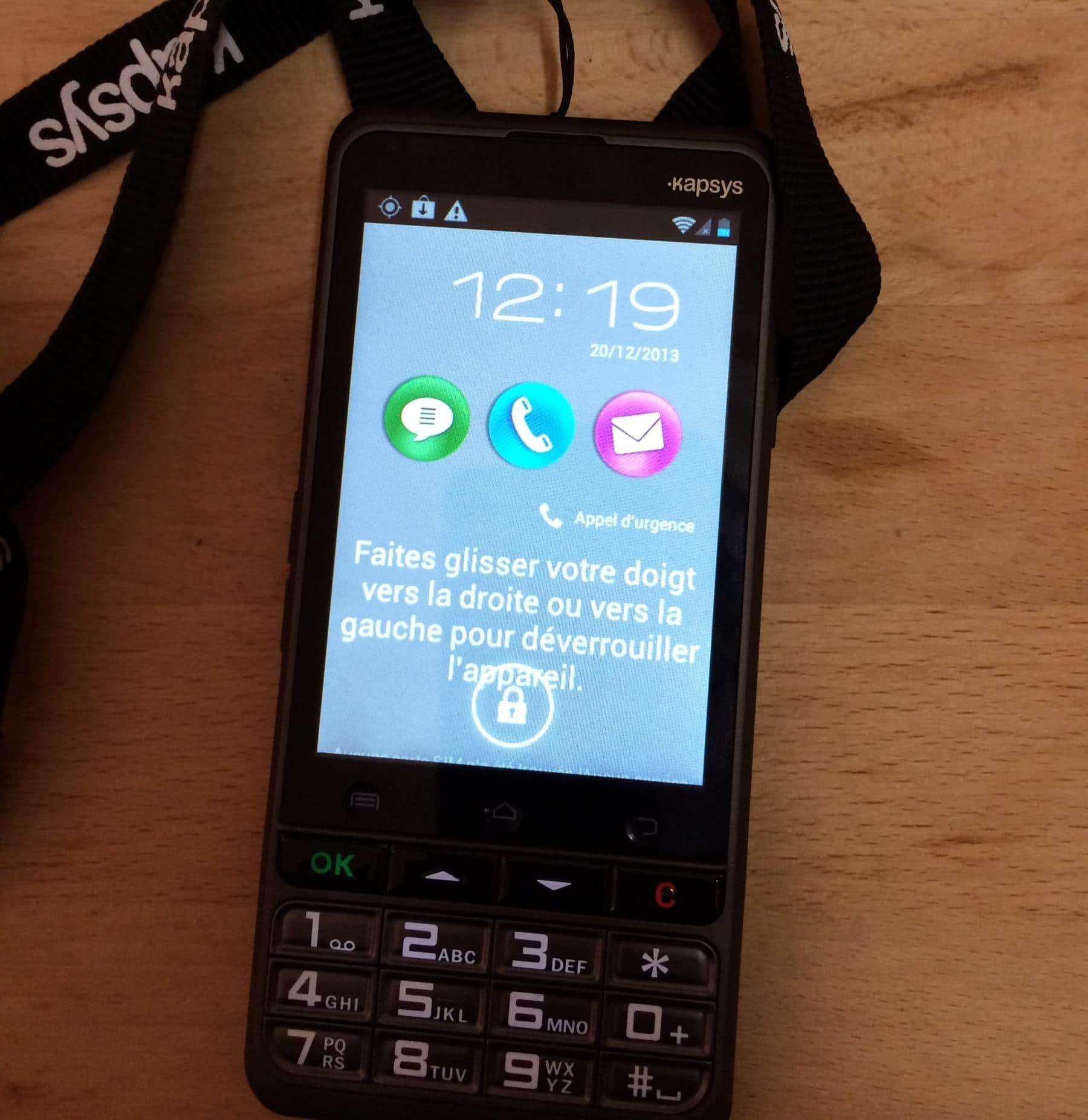 2013-12-20-12.19.42-e1389025462509 Kapsys SmartConnect, le smartphone pour senior