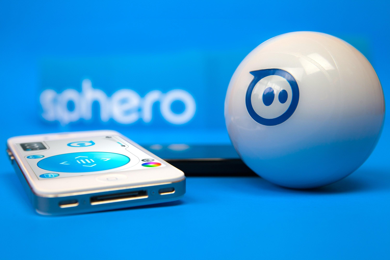 sphero Sphero, la petite boule intelligente, qui roule...
