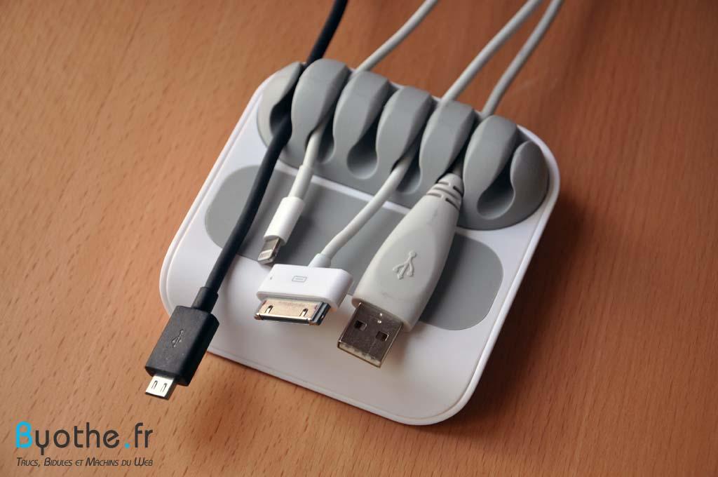 stoppi-cables2 Finis les câbles en vrac sur votre bureau grâce à Stoppi !