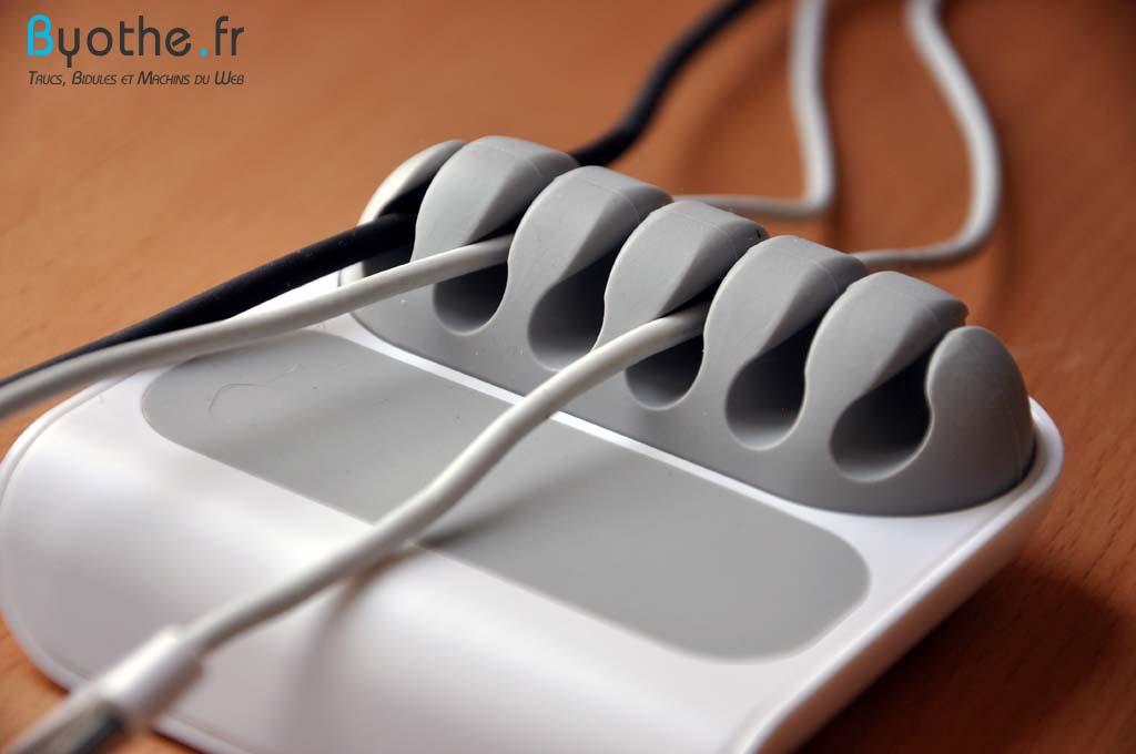 stoppi-cables3 Finis les câbles en vrac sur votre bureau grâce à Stoppi !