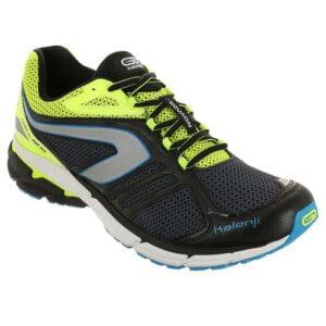 kalenji-running_chaussures_kiprun_md_aw_h_noir_jaune_8312362_10552471-300x300 6 accessoires et conseils indispensables pour préparer vos vacances