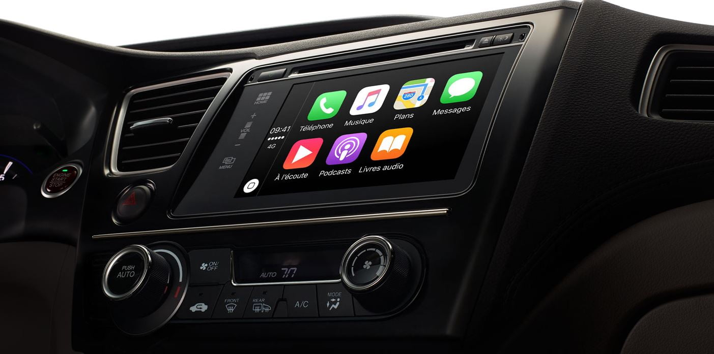 carplay-apple Android Auto vs CarPlay : Google et Apple s'invitent dans votre voiture