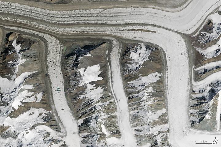 abc-nasa-m La NASA propose un abécédaire réalisé avec de magnifiques photos prises depuis l'espace