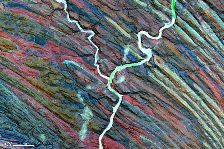 abc-nasa-y La NASA propose un abécédaire réalisé avec de magnifiques photos prises depuis l'espace