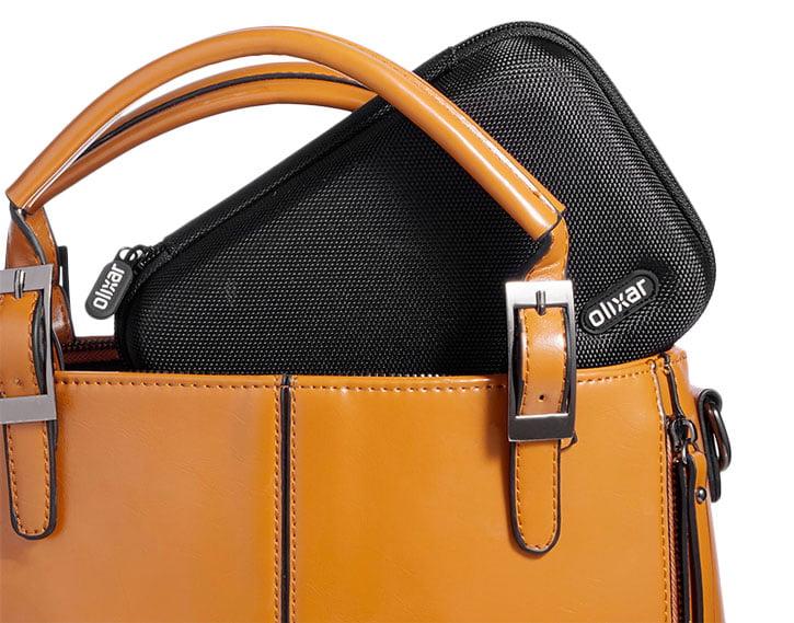 kit-voyage-olixar-etui Concours : un pack d'accessoires pour éviter les pannes de batterie à gagner !