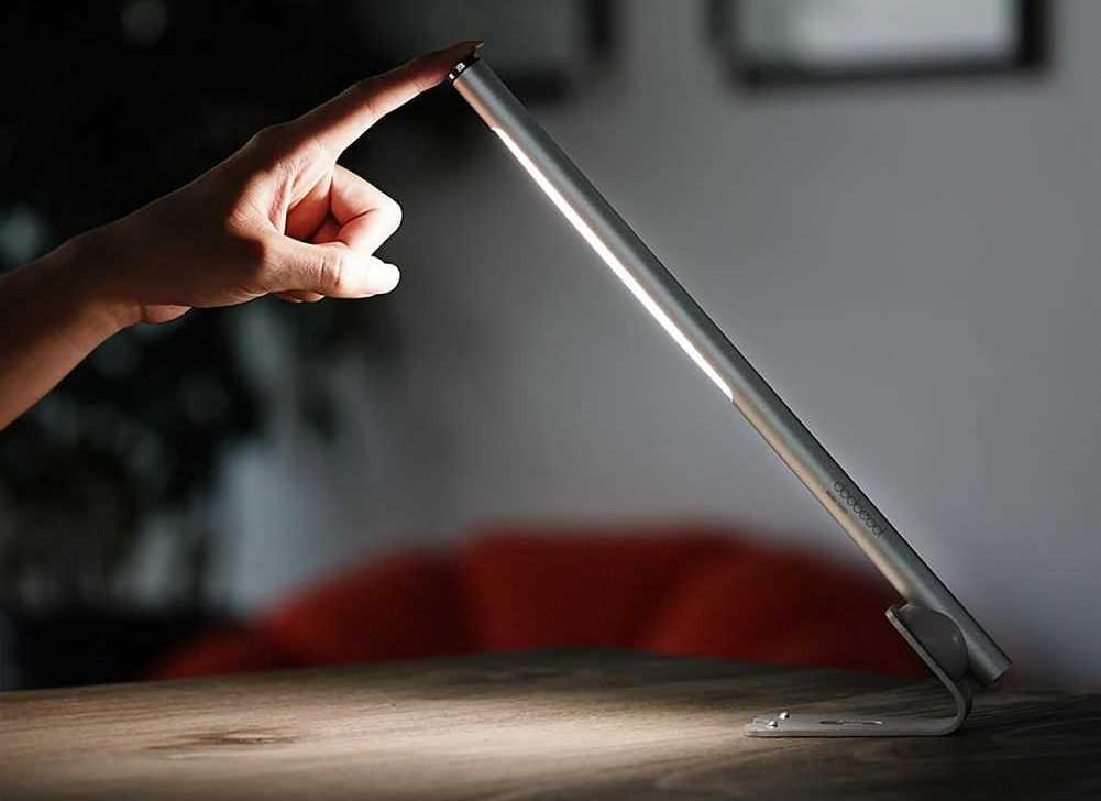 Concours une lampe de bureau led design et rechargeable à gagner