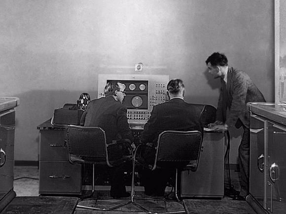 turing-mark2 Des chercheurs ont retrouvé un enregistrement de la première musique jouée sur ordinateur