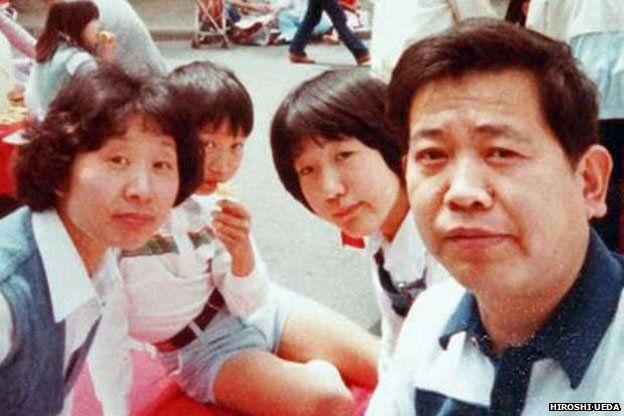 hiroshi-ueda-selfie Histoire : mais qui est à l'origine de la perche à selfie ?