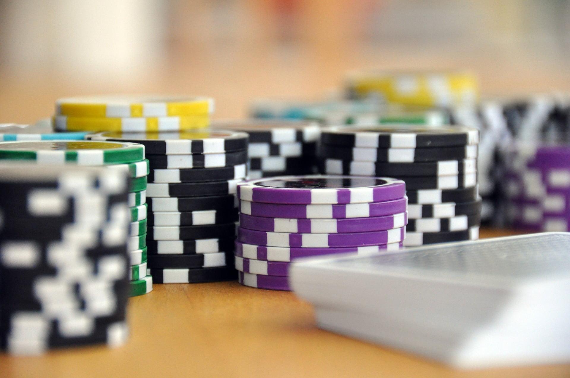 play-593207_1920 Passer de débutant à expert sur les casinos en ligne