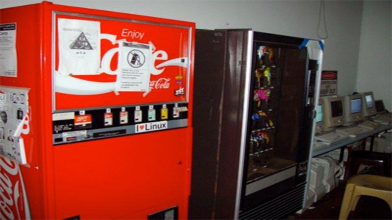 internet-coke-machine L'Internet des Objets (IoT) révolutionne le monde. Mais quelle est son histoire ?