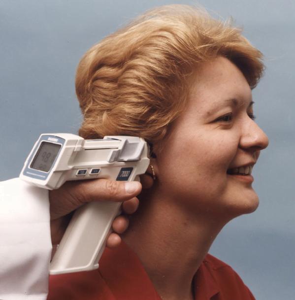 thermometre-infrarouge-nasa-e1560353465641 5 inventions que nous devons à la NASA